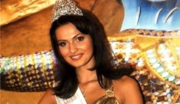 Nova Ceska Miss 2008 Eliska Buckova also Zdola Rakovinu Plic Biologicka Lecba 15556 likewise  on clanek 12091