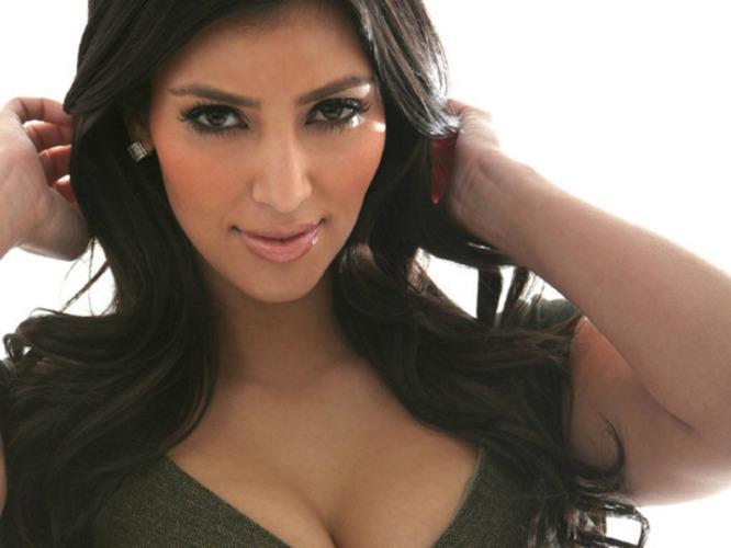 Kim Kardashians plné porno